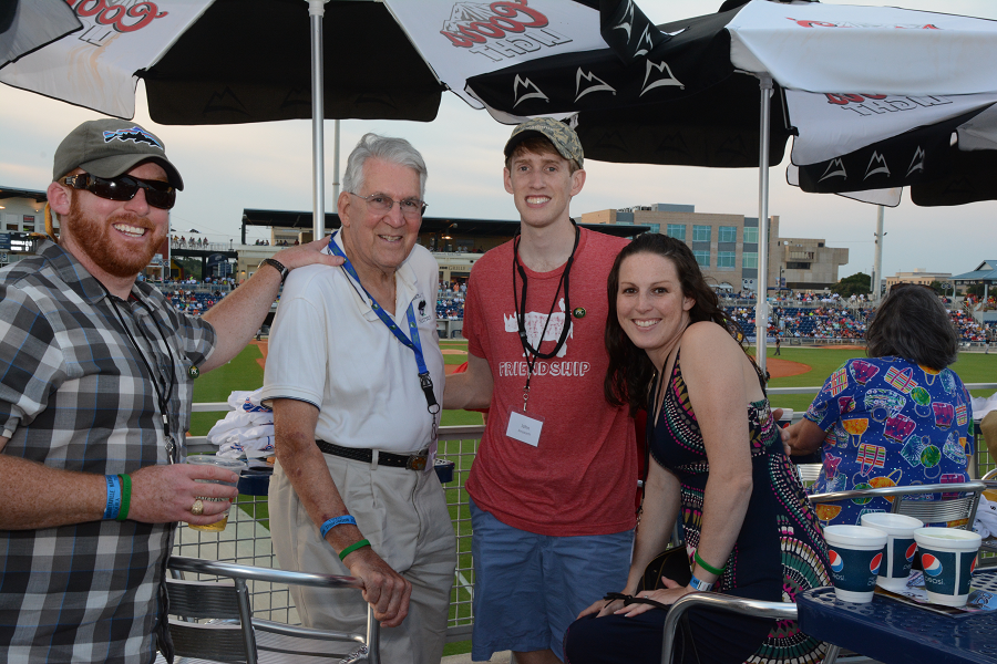 decorative image of 068 , Blue Wahoos Alumni Night 2015-08-06 14:09:05